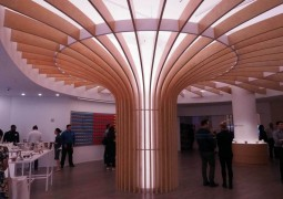 the-first-thing-youll-notice-when-you-walk-in-is-this-massive-wooden-fountain-of-light-1024x768