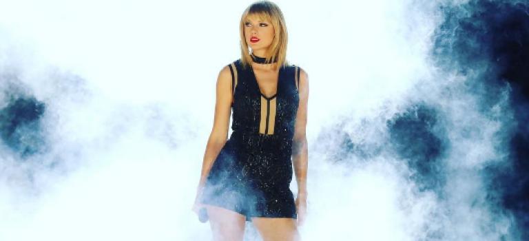 十年前的今日到底發生了什麼,讓Taylor成為今天的天后?
