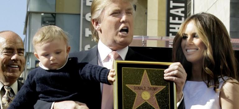 號外!川普在好萊塢星光大道的星星被人用鋤頭薅走了