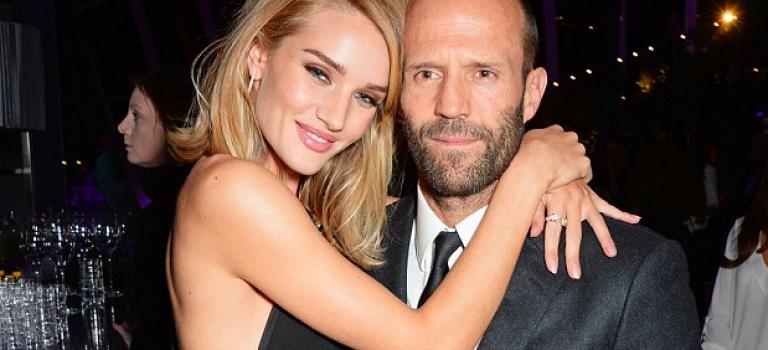 超帥肌肉男Jason Statham女友也加入懷孕行列!29歲模特女友美翻!