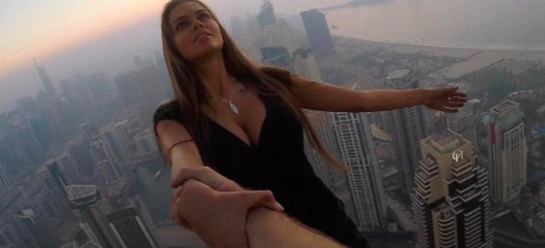 『視頻』超驚悚!俄羅斯超模為拍下經典美照!高樓拍照沒任何防護!