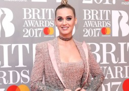 landscape-1487787196-katy-perry-brits-2017