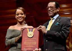 adaymag-rihanna-humanitarian-of-the-year-speech-01