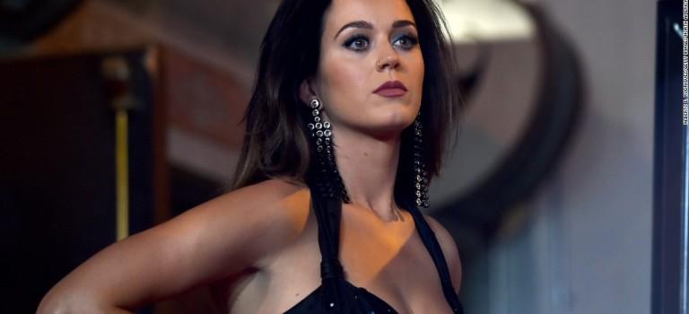 剪短三千煩惱絲!Katy Perry新形象示人:酷girl來囉閃一邊!