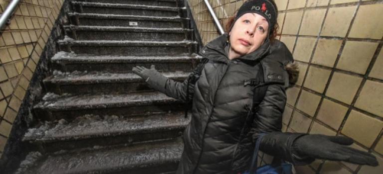 【影片】暴雪過後,紐約客都是這樣乘地鐵….心塞😭
