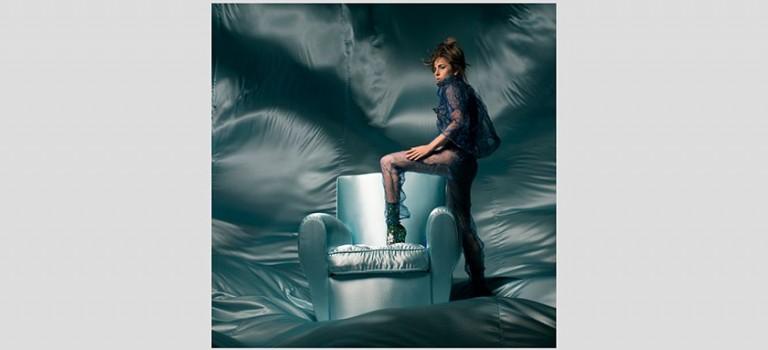 OMG!卡卡女神Coachella音樂節現場推出全新單曲《CURE》:治愈人心超好聽~