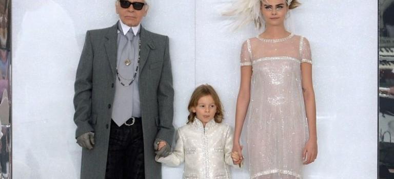 Cara 也不得不認輸!老佛爺最愛的模特是這個年僅 8 歲的男孩!