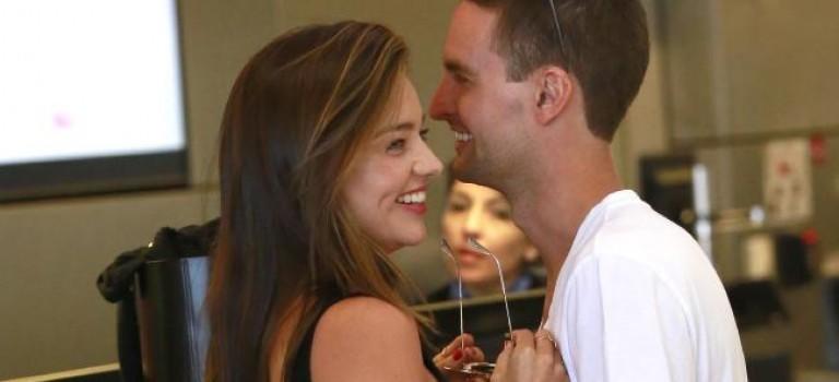 有傳 Miranda Kerr 將於今個星期與 Snapchat 行政總裁 Evan Spiegel 成婚!