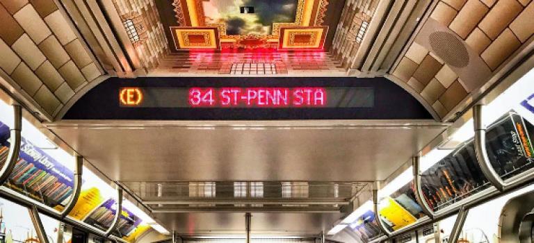 OMG!最美地鐵來啦!紐約公共圖書館把車廂變成閱讀室❤
