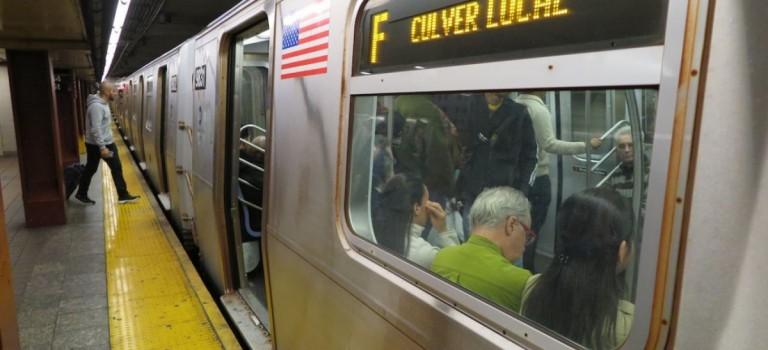 紐約地鐵又現推人事件:一名女性被推下站台險喪命!附:地鐵自救指南
