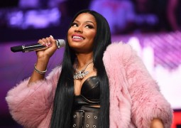 nicki-minaj-live-6-17-2017-billboard-1548