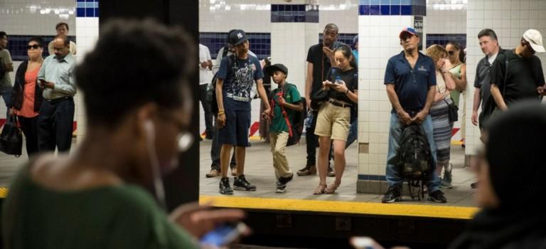 驚人數據顯示:紐約上班族因地鐵 delay,全年工資損失高達307萬美元!
