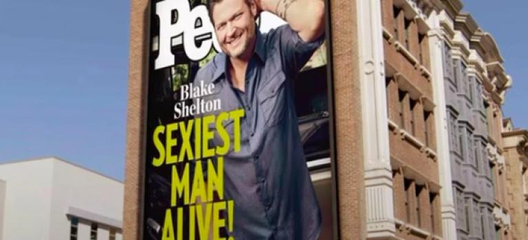 『視頻』太殘忍了!今年的全球最性感男星這樣凌虐2014冠軍魔力紅主唱Adam!