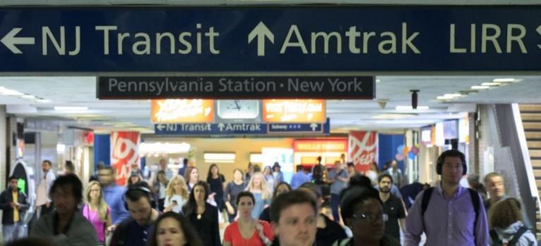 必看!!感恩節出行交通指南:地鐵、公交、火車時刻表這樣變,高速將異常擁堵