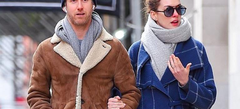 果然是好萊塢最正素顏明星NO.1!安海瑟薇紅鼻子現身紐約街頭!
