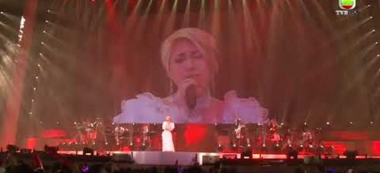 12.29.2017 – 楊千嬅演唱會尾場觀衆不讓下台