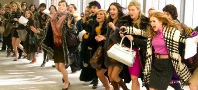 紐約本週Sample Sale 冬天羽絨服,夏天婚紗通通一折起開搶!