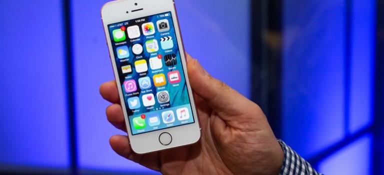 """蘋果因""""電池門""""事件被罵慘!缺乏創新,變相逼用戶升級,iPhone要走到盡頭了?"""