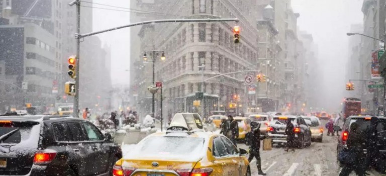 四月飞雪对纽约客来不算什么,本周末又要迎来大降温和雨雪天气!