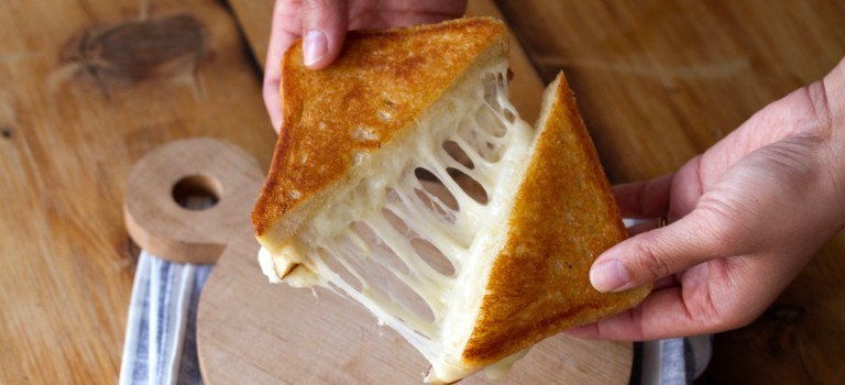 纽约老牌芝士店周四免费提供招牌三明治!不要错过啦!