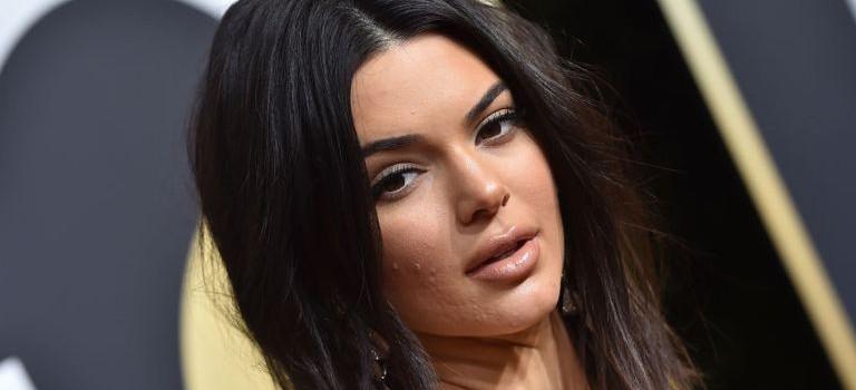 Kendall Jenner真的整容了!網友吐槽:太可怕了~!