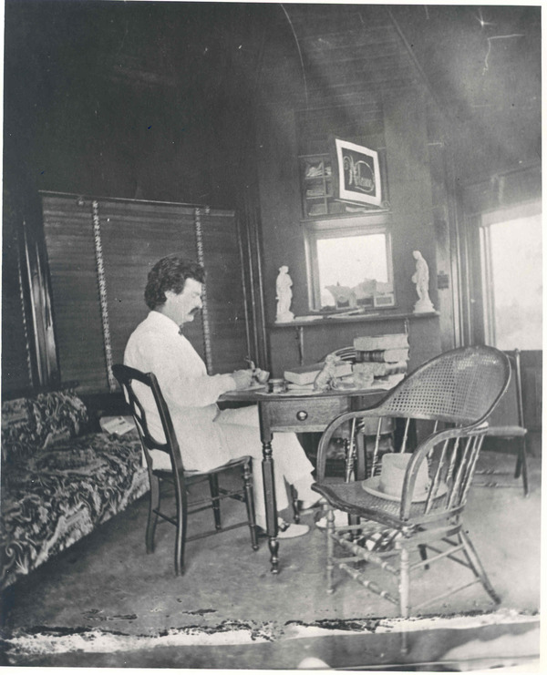 famous author desk, famous writing desks, writers at work, photos of writers