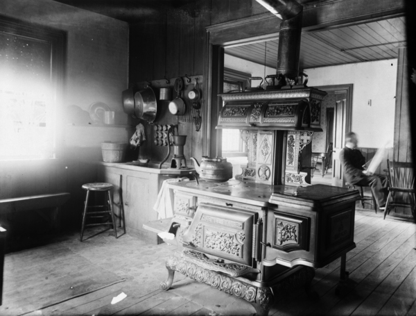Pictures Of Old Kitchens Amusing The Evolution Of Kitchens In 23 Photos  Old Photo Archive