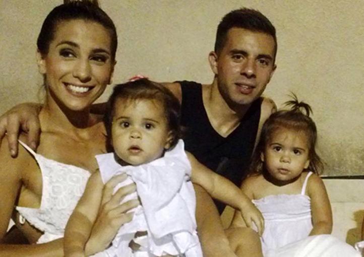 Junto a Cinthia Fernández tienen tres hijas.