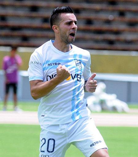 Matías pasó por el fútbol de Ecuador.