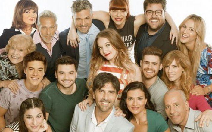 El elenco de Simona y las internas