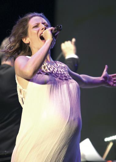 Una cantante con vuelo internacional