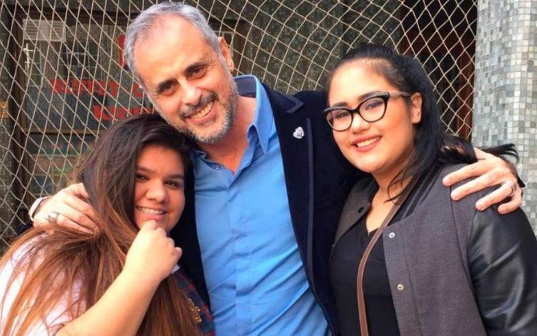 Jorge junto a Rocío y Morena.