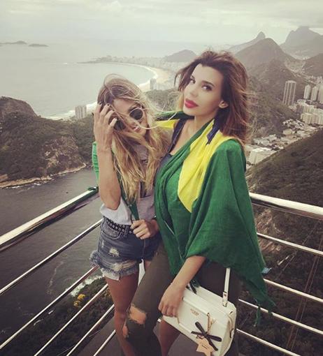 La novia de Alex la mostró Charlotte hace unas semanas desde Brasil.