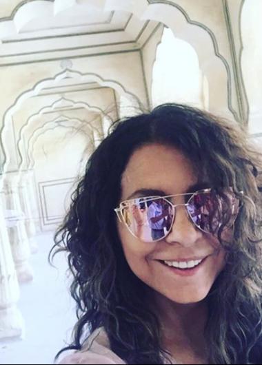 Patricia estuvo en la India y practicó yoga