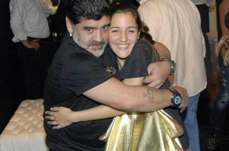 Jana tiene una excelente relación con Diego.