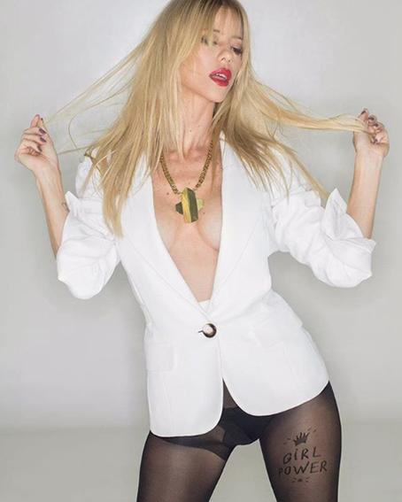 Nicole, súper sexy en la tapa de Gente.