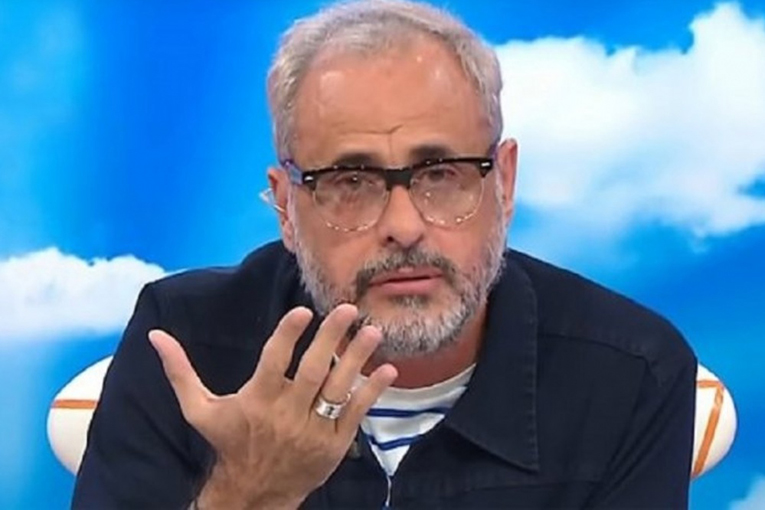 Jorge puso en su lugar un mal RT de Pettinato.