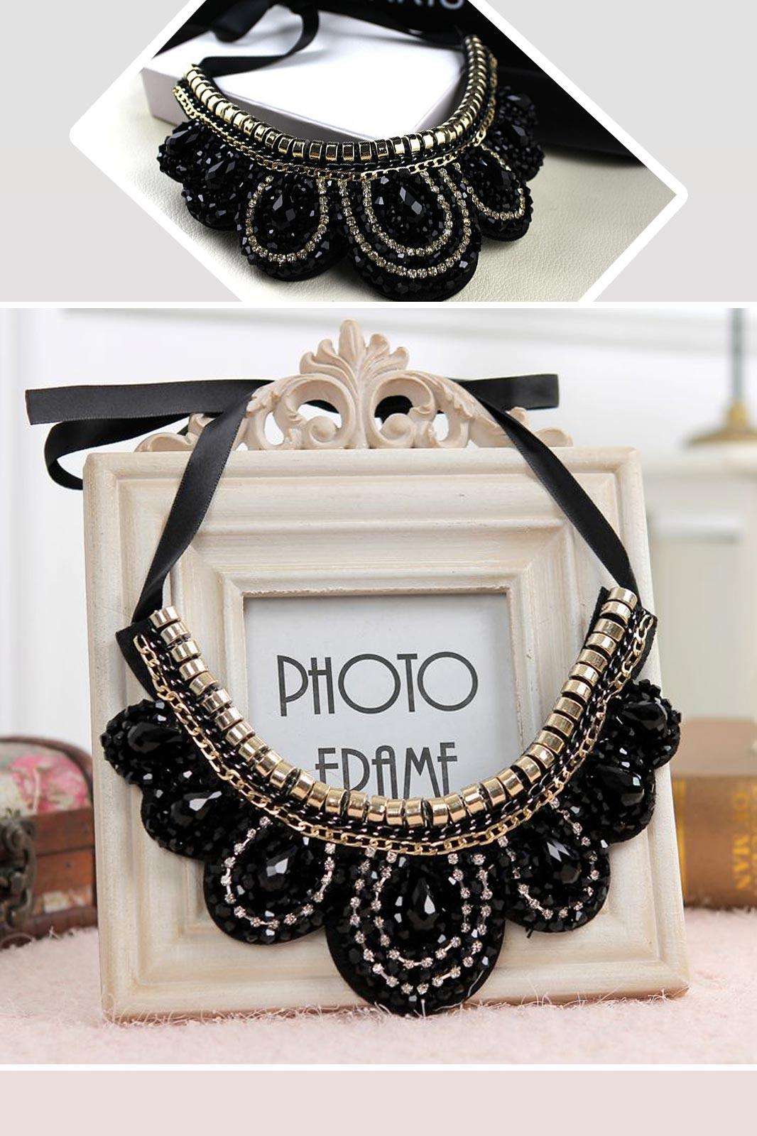 Collar necklace1