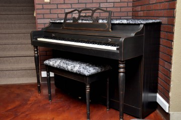 Spinet piano, Wurlitzer, piano rental, used piano