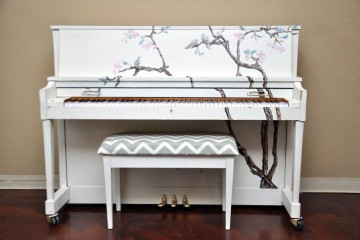 Artistic Piano, Used Piano, Mesa Piano, Phx Piano, Birds on a piano, White piano
