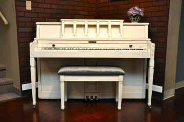 Baldwin painted piano white refinish shabby chic for sale in piano store phoenix