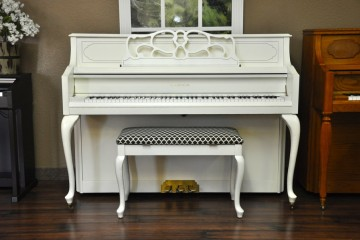 Kimball Console Annie Sloan White Chalk Paint refinished piano