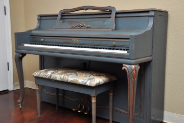 shady chic piano, antique piano, used piano, wurlitzer, blue piano