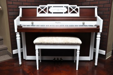 Wurlitzer console acoustic upright piano white wood used for sale rent rental DIY refinish artsy shabby chic gilbert mesa Scottsdale Cave Creek Coolidge Queen Creek Anthem arizona phoenix my first gallery az