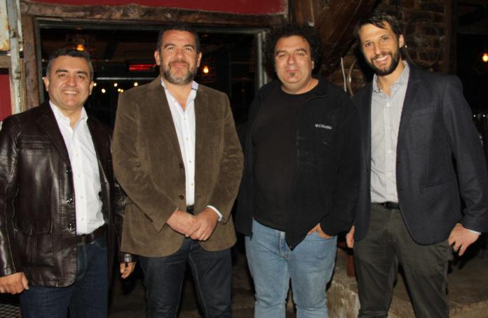 César Uriarte, Gabriel Ávila, Alejandro Dik y Alejandro Vigil.