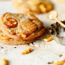 SALTED NUTTER BUTTER AND CARAMEL PRETZEL COOKIES recipe