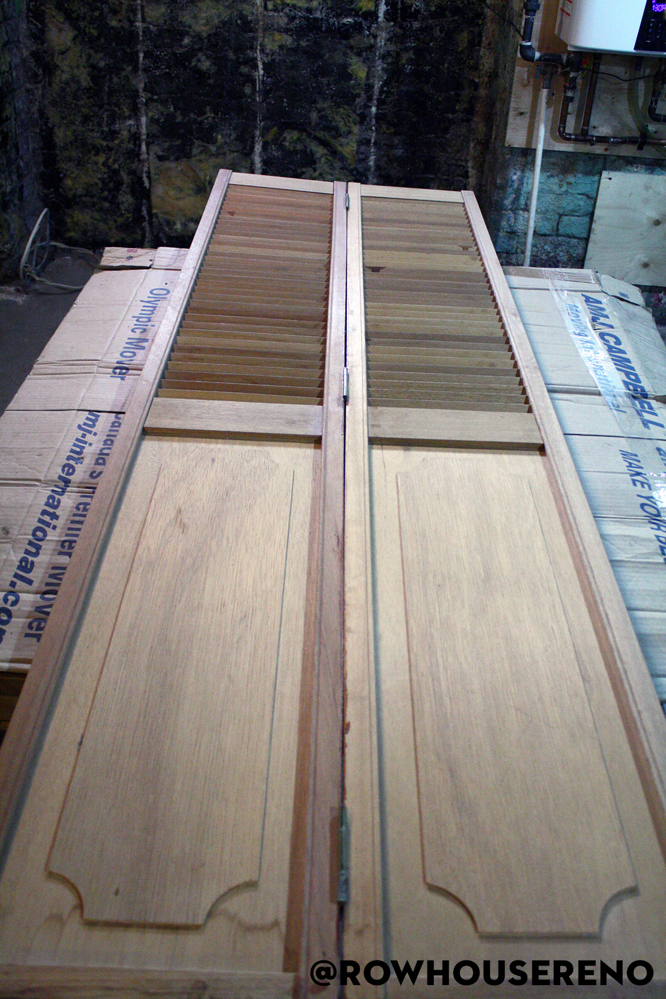Sanded bifold door