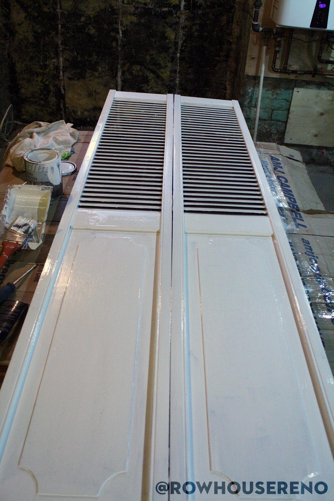 painting the back of a bifold door