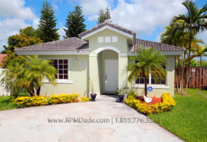 how to take pictures of rental property