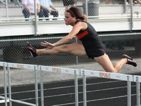 Tigers Compete At District Track Saturday